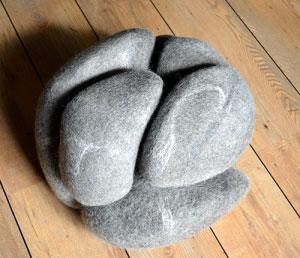kunstenaar-het-dolle-schaap-titel-pebble-edited-300x258