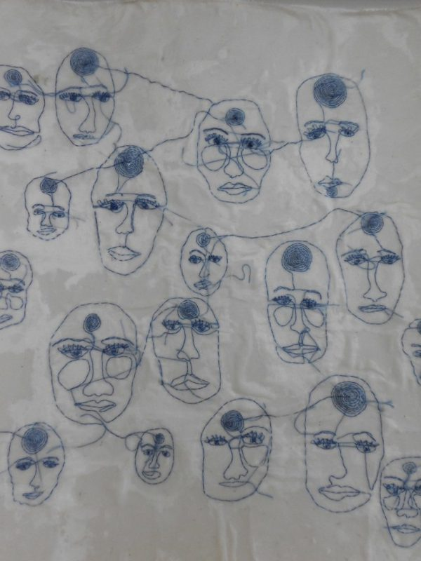 portretten-textiel-borduurwerk-en-was-30x40-768x1024